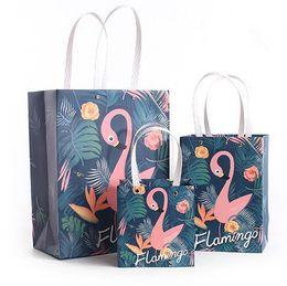 $enCountryForm.capitalKeyWord NZ - Flamingo Sticky Bag Lovely Cartoon Creative paper Candy box Gift Bags Wedding party birthday For Birthday Wedding Party Supplies