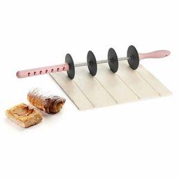 $enCountryForm.capitalKeyWord NZ - blade roller Adjustable rolling pin Plastic Dough Cutters