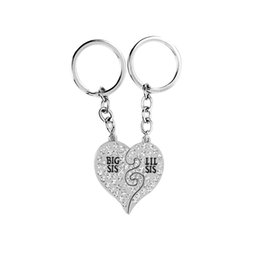 Wholesale Pendant Sets NZ - 2 pcs set Broken Heart Big Lil Sister Pendant Necklace Keychain Women Sister Best Friends BFF Keyring Key Chain Friendship Cool Jewelry