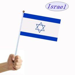 Ingrosso Israele mano onda falg Bandiera segnale mano Stringa paese bandiera con asta piccola 14cm * 21cm per Festival Celebration decorare