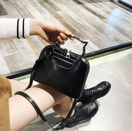 $enCountryForm.capitalKeyWord NZ - Fashion PU bag handbag shells shoulder bag Fasion cute Retro women samll bags Wholesale Ladies Hand Bag