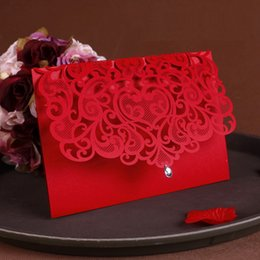 China 2016 NEW Vintage Wedding Supplies China Laser Cut Luxurious Wedding Invitations Red Elegant Wedding Invitation Paper Cards 50pcs cheap luxurious wedding invitation cards suppliers