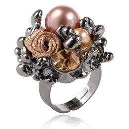 Vintage black pearl ring online shopping - Fashion Vintage Simulated Pearl Rings Black Glod Color Gray Crystal Hollow Flower Ring For Women Jewelry Size adjustable