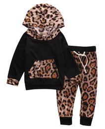$enCountryForm.capitalKeyWord NZ - Fashion Newborn Baby Girl Boys 2pcs Outfit Leopard Print Hooded Long Sleeve T-shirt Tops+Long Pants Baby Clothes Set
