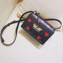 $enCountryForm.capitalKeyWord NZ - Hot 2018 carfskin lwe luxury hearts printing handbag 5A+ top quality famous designer lambskin inside genuine leather shoulder bag 19cm 24cm