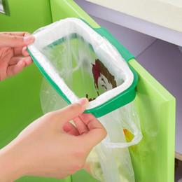$enCountryForm.capitalKeyWord Canada - New creative back door plastic trash bag shelf storage hook multifunctional kitchen cabinet door adjustable garbage cans hanging racks