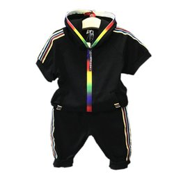 $enCountryForm.capitalKeyWord UK - Kids Boys Clothes Sportswear Short Sleeve Colorful Zipper Hooded Clothing For Girls Children Outfit Sets