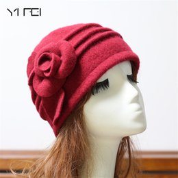 Discount black fedora hats for girls - 2018 Women Fedoras 100% Pure Wool Dome Winter Hat For Women Floral Casual Brand Warm Lady Autumn Floppy Soft Girl Fedora