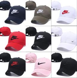 Diseño de lujo de alta calidad Gorra de béisbol Golf Sombreros para Hombres mujeres Casual sport visor Sombrero al por mayor gorras Snapback Caps Casquette hueso papá sombrero en venta