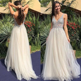 $enCountryForm.capitalKeyWord NZ - 2018 Deep V Neck Sexy Backless Beaded Crystal Prom Dresses A Line Robe De Soiree Longue Formal Women Evening Occasion Dress