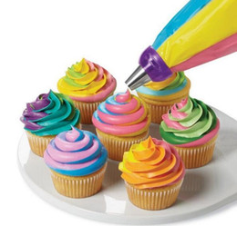 Kitchen Decorators NZ - Cupcake Decorating Mouth 3 Colors Food Class Russia Piping Mouth Converter 4.5cm Plastic Baking Kitchen Supply