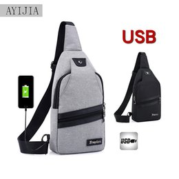 $enCountryForm.capitalKeyWord NZ - 2018 new men's chest bag with USB charging interface Korean version of casual men's chest shoulder shoulder bag Mobile phone