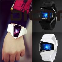 unique electronics 2019 - SOLEDI Aircraft Watch Unique Electronic Aircraft Valentine'S Day Wrist Watch Personality Design Students Gifts Unis