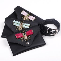 Diseñador Fanny Pack For Women Fashion Bolso de cintura de cuero negro con mariposa Mini Belt Wallet Mujeres Bolso de bolsa de teléfono