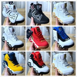 $enCountryForm.capitalKeyWord NZ - Original Disruptors II 3 Triple white black yellow red boy girl special section sports sneaker increased kids running Basketball shoes 28-35