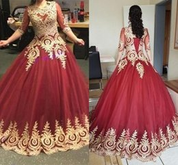 Long maternity baLL gowns online shopping - Retro Prom Dresses Modest Sleeves Burgundy Ball Gowns Gothic Prom Dresses Gold Lace Appliques Vintage Party Dresses