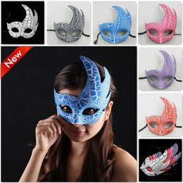 $enCountryForm.capitalKeyWord Australia - 1 pc Masquerade Mask Party Decor accessories Half Face Male Female Venice show Flame Crack masks S3