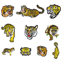Wholesale 10 Styles Tiger Series Patches for Clothing Iron on Transfer Applique Cool Patches for Jacket Coats DIY Sewing on Embroidered Stickers