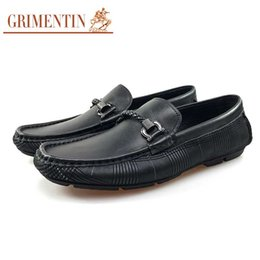 Grimentin Shoes UK - GRIMENTIN Hot Sale Brand Mens Loafers Italian Fashion Moccasins Shoes 100% Genuine Leather Black Tassel Slip On Buckle Solf Men Casual shoes