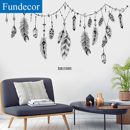 feathers home decor Australia - [Fundecor] New Arrivals Feather Hanging Wall Sticker DIY Black Living Room Bedroom Home Decor Wall Decals DIY spring decoration