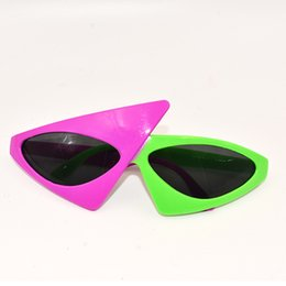 451103dcf8 Roy Purdy Style Hip Hop Asymmetric Triangular Sunglasses Novelty Green Pink Contrast  Color Glasses Party Supplies Decoration 8sj aa
