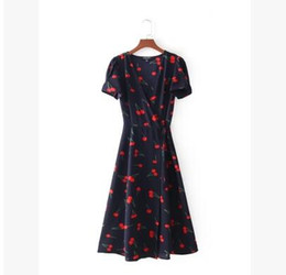 collared mid calf dress UK - Europe and the United States style fashion V collar bubble sleeve waist collection temperament small flower dress free shipping