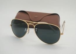 Sun Glasses Black Australia - 1Pair High Quality Mens Womens Classic Pilot Sunglasses Metal Sun Glasses Gold Frame Black Glass Lenses 58mm 62mm Come With Case Box