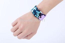 $enCountryForm.capitalKeyWord UK - Double Colors Sequin Slap Bracelets Party Wrist Strap Fashion Wristband for Kids Birthday Holiday Beach
