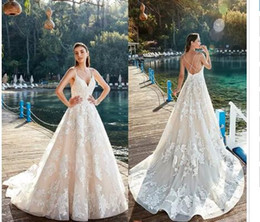 $enCountryForm.capitalKeyWord Australia - Fantastic New Wedding Dresses Flowers Appliques Long A-line Sleeveless Bridal Gowns Backless Criss-Cross Sweep Train Vestiods de novia