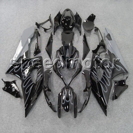 $enCountryForm.capitalKeyWord Australia - 23colors+Gifts Injection mold silver flames+black GSXR1000 2005 2006 motorcycle cowl Fairing for Suzuki GSX-R 1000 05 06 K5 ABS plastic kit