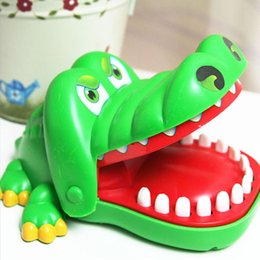 Crocodiles Alligator Toys Australia - Creative Practical Jokes Mouth Tooth Alligator Hand Children's Gags Family Games Classic Biting Hand Crocodile Game