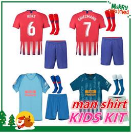 Kit de hombres y niños 2018 GRIEZMANN Madrid casa Camiseta de fútbol  Camiseta de fútbol KOKE personalizada SAUL DIEGO COSTA 18 19 atletico boy  short ... 912d2e9cdae
