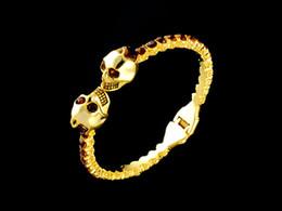 $enCountryForm.capitalKeyWord Australia - jiangyu High Quality Celebrity design MQ bracelet Fashion metal Skull diamond Pearl bracelet Bracelets Jewelry With Box