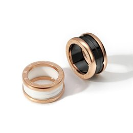 Famous aFrican americans online shopping - Ceramic Whorl Rings Black And White Color Ceramic Mosaic Rose Gold And Silver Metal Colors Size Famous Brand Fashion Jewelry Rings