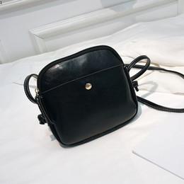 Multi Color Ladies Handbags Australia - Multi Color Popular Ladies Girls Casual Messenger Bag Simple Fashion Women Shoulder Bag Zipper Shell Luxury Designer Handbag
