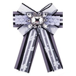 $enCountryForm.capitalKeyWord NZ - Wholesales 4 Colors Lapel Pin Stripe Lace Bow Ties Brooch Broaches Women Designer Brooch Enamel Pin Wedding Centerpieces Party Decoration