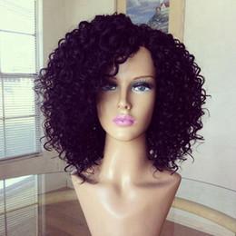 Venta al por mayor de Negro corto afro rizado rizado pelo natural a prueba de calor perruque afro pelucas sintético frente del cordón rizado rizado peluca para mujeres negras
