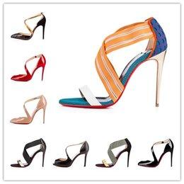 Toptan satış 2018 Seksi Bayanlar Kadın Ayakkabı Kız Parti Ayak Gelin Patent Akın Yüksek Topuklar Ayakkabı Süet Sandalet