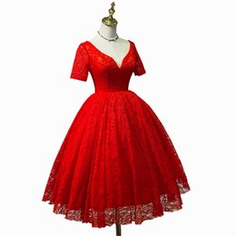 Short Red Lace Prom Vintage Dress UK - 2018 Best Sale Real Photos Ruby Ball Gown Sexy V-Neck Short Sleeve Lace Prom Dress Tea-Length Backless Party Dress vestidos de fiesta