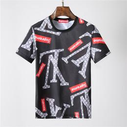 fee1ee5850af4 Logotipo Da caixa t camisas Verão 2018 Nova Marca Europeia camisetas  camisetas Dos Desenhos Animados imprimir camisas de Manga Curta Dos Homens  de Luxo ...