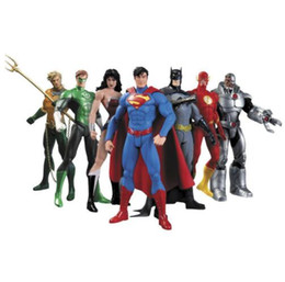 $enCountryForm.capitalKeyWord UK - New Anime Figure 17 cm Superheroes Batman Green Lantern Flash Superman Wonder Woman PVC Action Figures Kids Toys Dolls Model