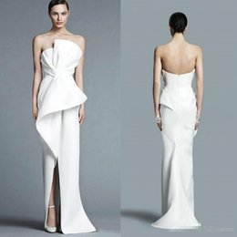 $enCountryForm.capitalKeyWord Australia - Unique Strapless White Evening Gowns 2019 Floor Length Fashion With Pleats Middle Split Women Formal Party Prom Dress BC0116