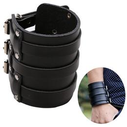 MSemis Mens PU-Lederarm-Wärmer-breites Armband-Stulpe-Armband Armband-Gurt mit drei Wölbungs-Verklammern Armschienen-schützende Arm-Rüstung