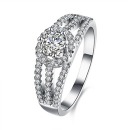 China Luxury Wholesale Jewelry NZ - Real Sterling Silver 925 Ring , Luxury Round Austrian Crystal Ring, Flower Wedding Rings Silver Jewelry free shipping R104