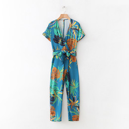 Chinese  2018 spring women jumpsuit casual belt decoration flower print short-sleeved V-neck jumpsuit manufacturers