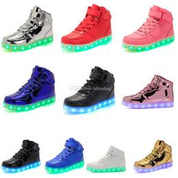 e5b7e5b83 Crianças LED High-top Shoes Crianças Casual 10 cores Sapatos Luminescência  Colorido Brilhante Bebê Meninos Meninas Sneakers USB de Carregamento  Acender ...