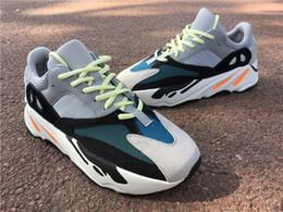 Adidas Yeezy Boost 700 Sconto CALDO 700 Blush Desert Rat Kanye West Wave Runner 700 Sneakers Scarpe da corsa Athletic Sneaker Outdoor Scarpe da ginnastica 36-46 in Offerta
