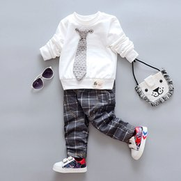 $enCountryForm.capitalKeyWord Australia - 2018 spring autumn baby boy clothing sets Bow tie coat+Plaid pants Casual Suit toddler boys Tracksuit Outfit clothing