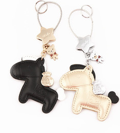 black keychain for women key ring chain charms female keyring accessories Key Holder Keyholder Novelty innovative Items Wedding Gift on Sale