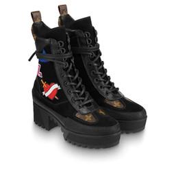 Hearts Boots Canada - Laureate Platform Desert Boot 1A41Qd 1A43Lp Black Heart Boots Overcloud Platform Desert Boot Luxury Brand Martin Boots 0L0V026